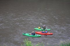 Photo of 3 kayaks on the Cottonwood River.