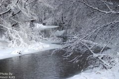 Photo of Snowy River by Kevin Kotz.